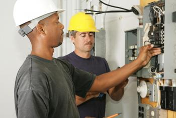 How To Make Sure You're Hiring The Right Electrician